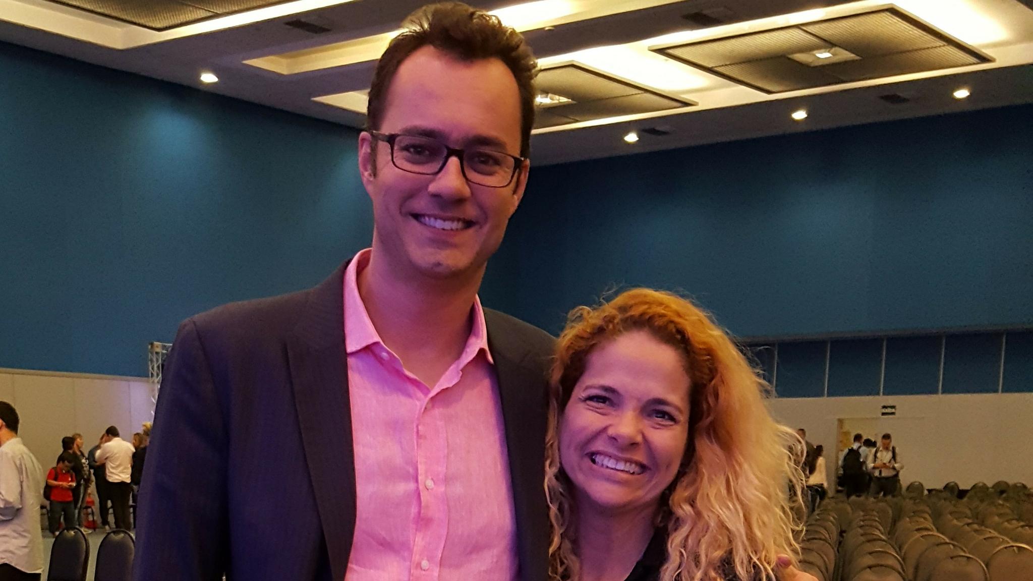 Patrícia Pedrozo com Leandro Marcondes do Experiência de Sucesso